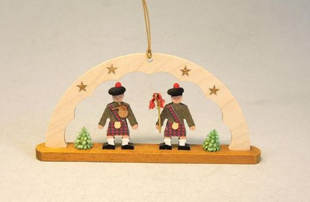 scotsman wearing kilts and bagpipe arch german wood christmas ornament scotland